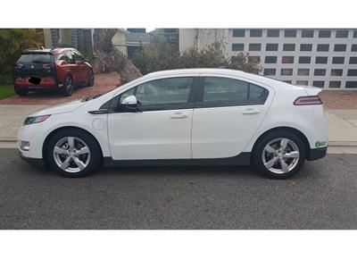 2013 Chevrolet Volt lease in Los Angeles,CA - Swapalease.com