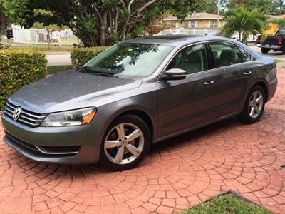 2013 Volkswagen Passat lease in Miami,FL - Swapalease.com