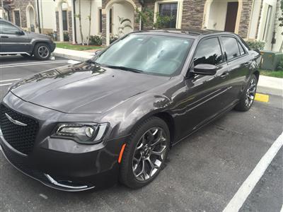 2015 Chrysler 300 lease in Hialeah,FL - Swapalease.com