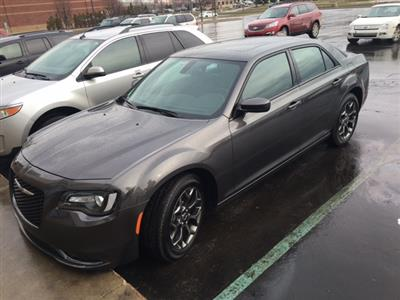 2015 Chrysler 300 lease in Shelby Township,MI - Swapalease.com