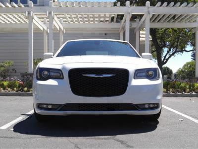 2015 Chrysler 300 lease in Fresno,CA - Swapalease.com