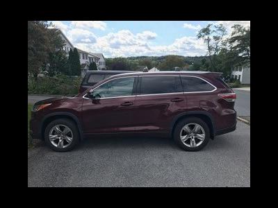 2015 Toyota Highlander lease in Harrisburg,PA - Swapalease.com