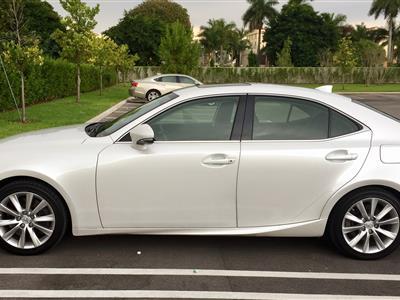 2016 Lexus IS 200t lease in Miami ,FL - Swapalease.com