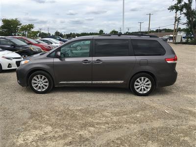 2013 Toyota Sienna lease in Dearborn,MI - Swapalease.com