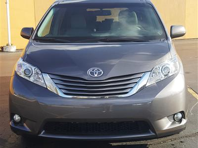 2015 Toyota Sienna lease in Dearborn Hts,MI - Swapalease.com