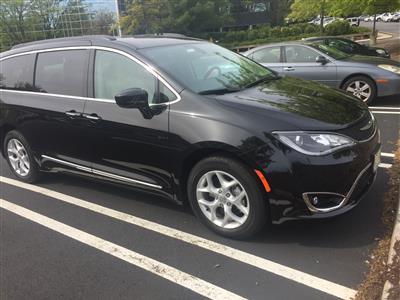 2017 Chrysler Pacifica lease in Lodi,NJ - Swapalease.com