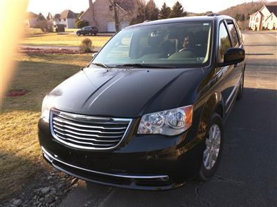 2015 Chrysler Town and Country lease in STORYDBORG,PA - Swapalease.com