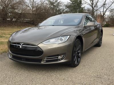2015 Tesla Model S lease in Cincinnati,OH - Swapalease.com