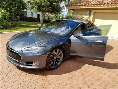 2015 Tesla Model S lease in Deerfield Beach,FL - Swapalease.com