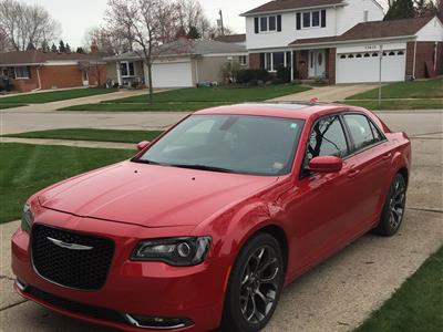 2015 Chrysler 300 lease in Sterling Heights ,MI - Swapalease.com