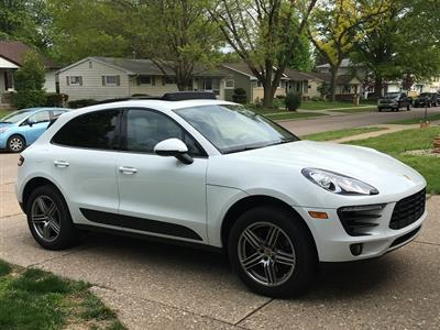 2017 Porsche Macan lease in East Moline,IL - Swapalease.com
