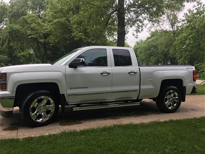 2015 Chevrolet Silverado 1500 lease in Cedar Rapids,IA - Swapalease.com