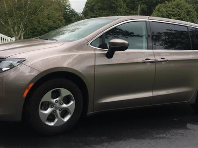 2017 Chrysler Pacifica lease in Butler,PA - Swapalease.com