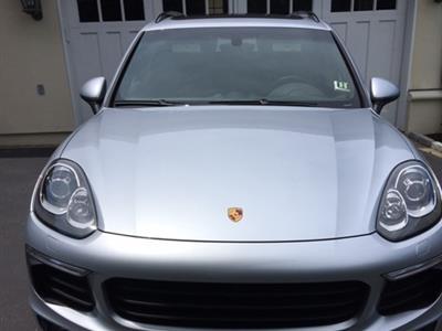 2017 Porsche Cayenne lease in Riverside ,CT - Swapalease.com