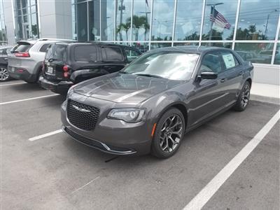 2017 Chrysler 300 lease in Hialeah,FL - Swapalease.com