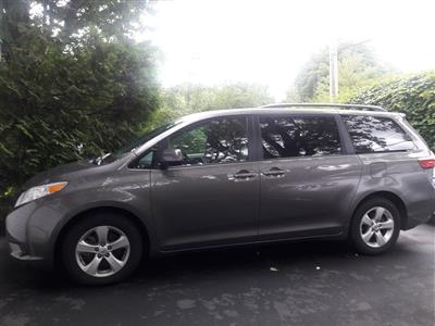 2015 Toyota Sienna lease in Harrisburg,PA - Swapalease.com