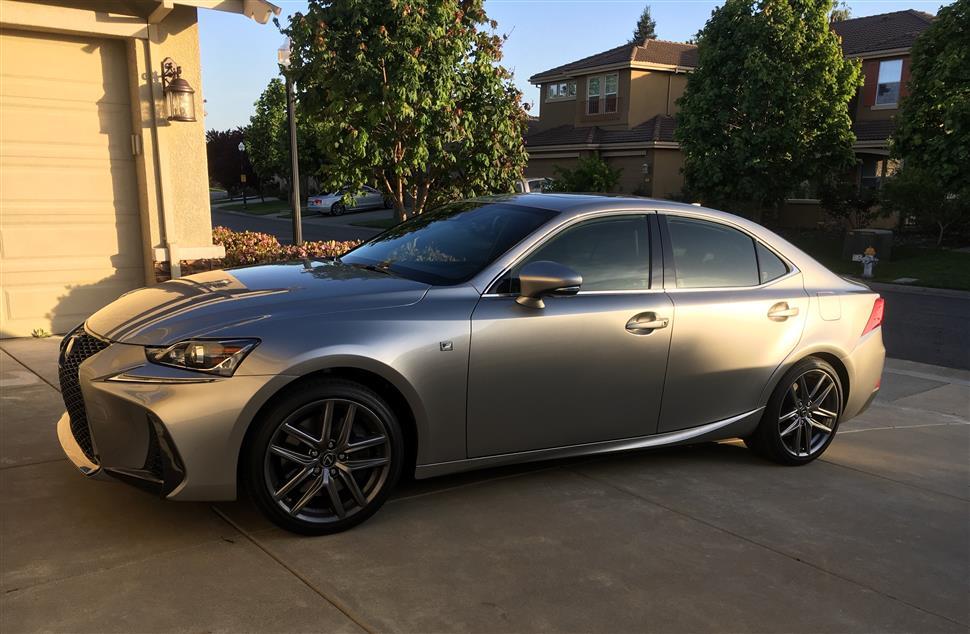 Lexus is200t lease