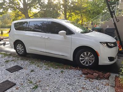 2017 Chrysler Pacifica lease in CENTRAL VALLEY,NY - Swapalease.com