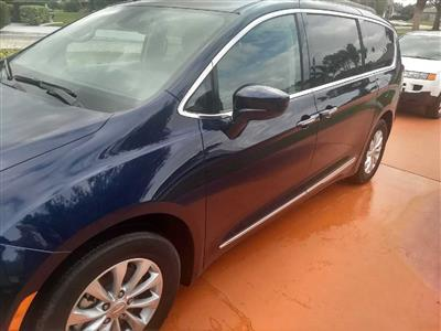 2017 Chrysler Pacifica lease in Port St Lucie,FL - Swapalease.com