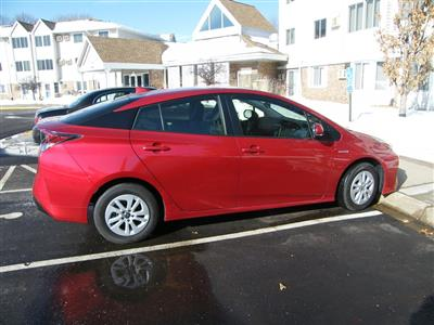 2017 Toyota Prius lease in Robbinsdale,MN - Swapalease.com