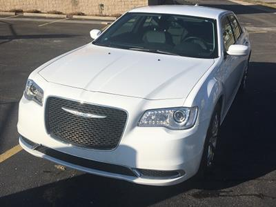 2017 Chrysler 300 lease in West Bloomfield,MI - Swapalease.com