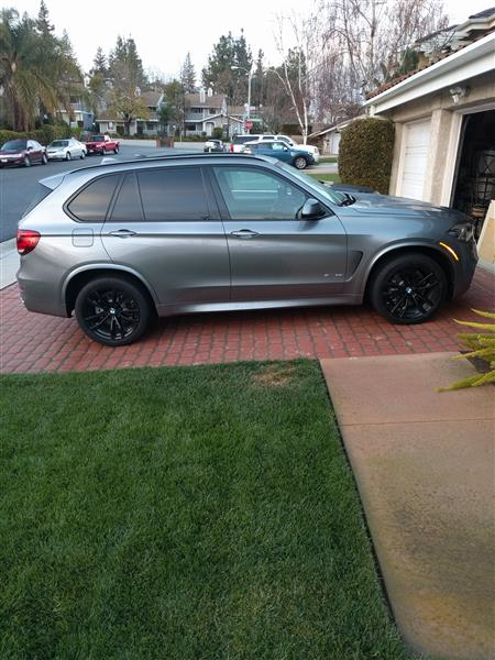 Outstanding Short Term Lease Offer On A Very Well Equipped 2017 X5 SDrive35i Space Gray Metallic Exterior Black Dakota Leather Interior M Sport Package