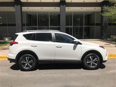 2017 Toyota RAV4 lease in Highland Park,IL - Swapalease.com