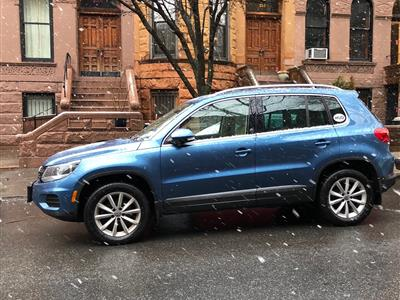 Volkswagen Tiguan-Limited Lease Deals in x1, ct 200h | Swapalease.com