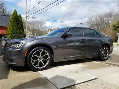 2016 Chrysler 300 lease in Clinton Twnshp,MI - Swapalease.com