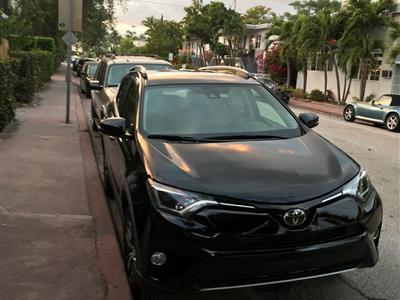 2018 Toyota RAV4 lease in Miami Beach,FL - Swapalease.com