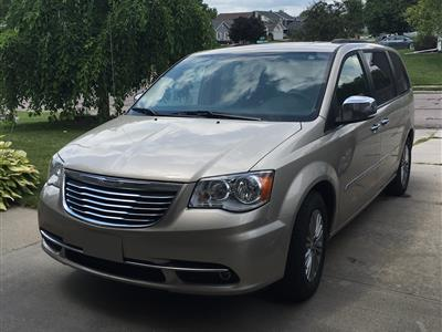 2016 Chrysler Town and Country lease in Norfolk,NE - Swapalease.com