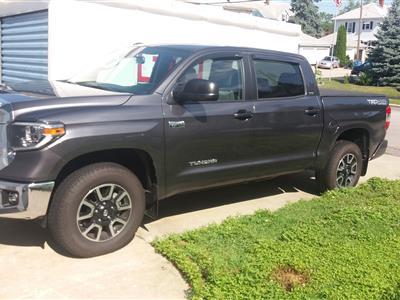 2018 Toyota Tundra lease in Cranston,RI - Swapalease.com