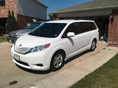 2016 Toyota Sienna lease in FT WORTH,TX - Swapalease.com