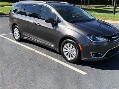 2017 Chrysler Pacifica lease in Raleigh,NC - Swapalease.com