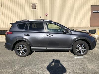 2018 Toyota RAV4 lease in Winthrop,MA - Swapalease.com