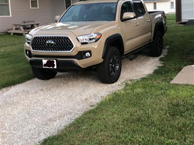 2018 Toyota Tacoma lease in Galesburg,IL - Swapalease.com