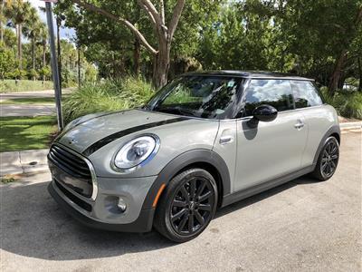 2017 MINI Hardtop 2 Door lease in MIAMI BEACH,FL - Swapalease.com