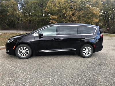 2017 Chrysler Pacifica lease in Milford,MI - Swapalease.com