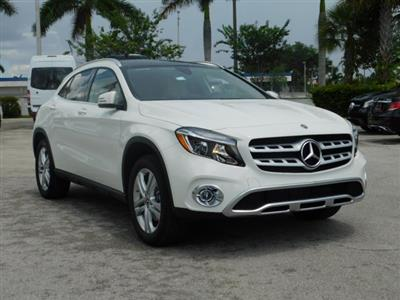2019 Mercedes-Benz GLA SUV lease in Sunny Isles,FL - Swapalease.com