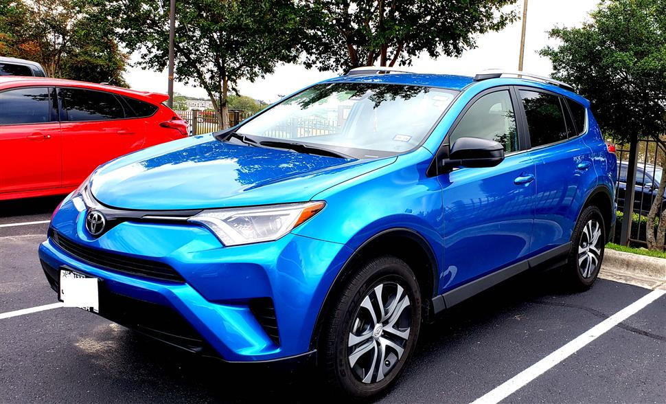 You Can Lease This Toyota Rav4 For 303 70 A Month 13 Months Average 1 405 Miles Per The Balance Of Or Total 18 269