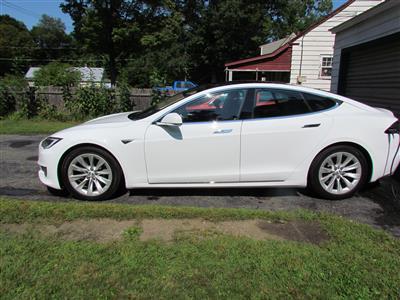 2016 Tesla Model S lease in Somerville,MA - Swapalease.com