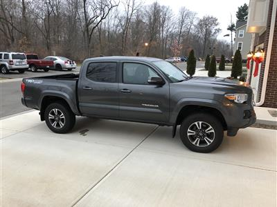 2016 Toyota Tacoma lease in Fishers,IN - Swapalease.com