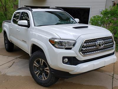 2017 Toyota Tacoma lease in Howell,MI - Swapalease.com