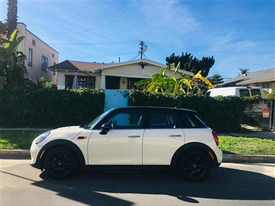 2017 MINI Hardtop 4 Door lease in Los Angeles,CA - Swapalease.com
