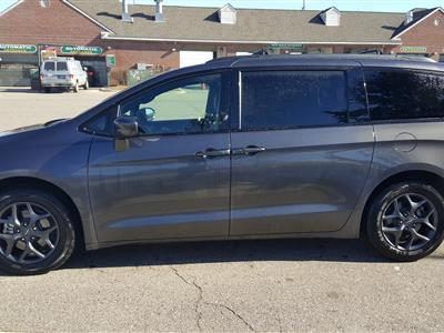 2018 Chrysler Pacifica lease in ,MI - Swapalease.com