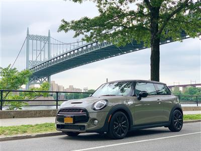 2019 MINI Hardtop 2 Door lease in NEW YORK,NY - Swapalease.com