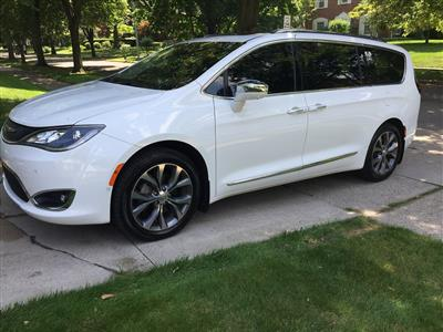 2017 Chrysler Pacifica lease in Toledo,OH - Swapalease.com