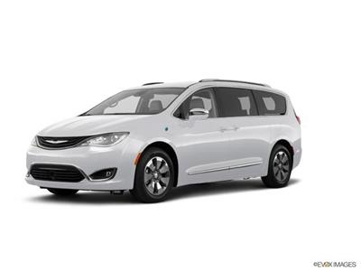 2018 Chrysler Pacifica lease in Chesterfield,MI - Swapalease.com