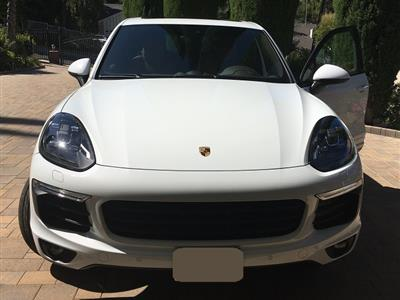 2017 Porsche Cayenne lease in Woodland Hill,CA - Swapalease.com