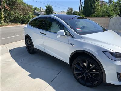 2018 Tesla Model X lease in VILLA PARK,CA - Swapalease.com
